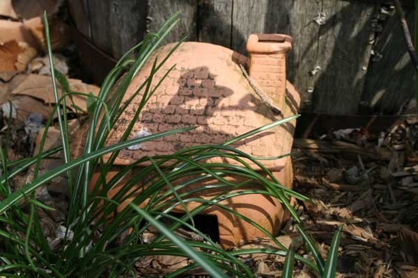 terra cotta toad house