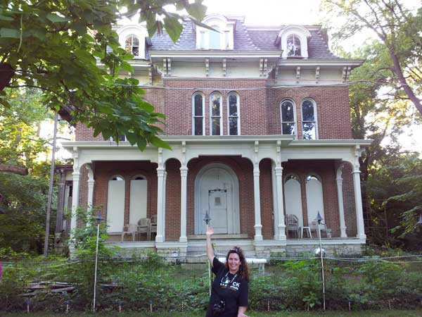 Me at McPike Mansion with my lost camera :(