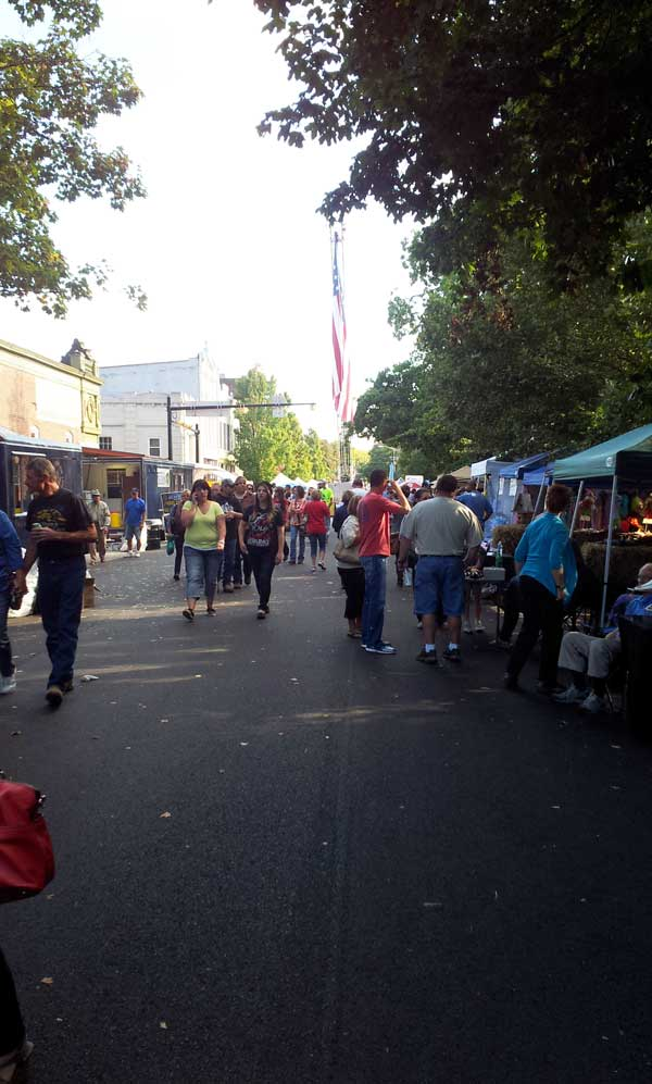 street view of Kunstfest in New Harmony Indiana 2013