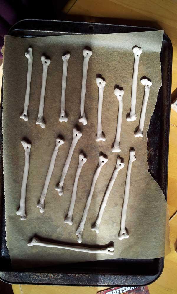 Clay-Femur-bones-ready-to-bake
