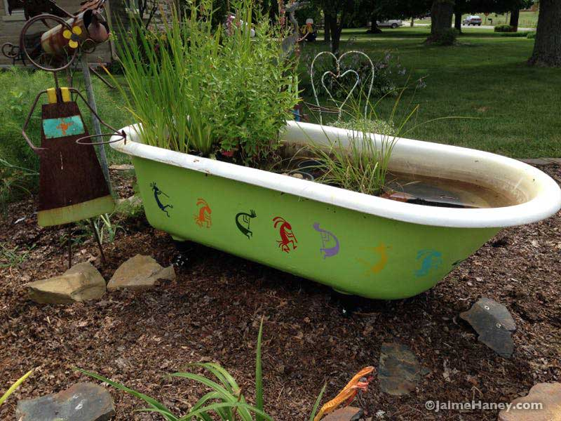 claw foot tub repurpose