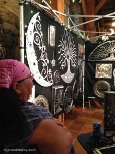 Kotah Moon and her metal sculpture booth