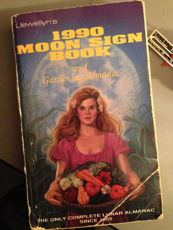 1990 Llewellyn's Moon Sign Book cover